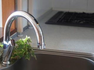 キッチンの水栓交換費用