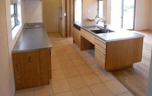 キッチン床リフォームタイル